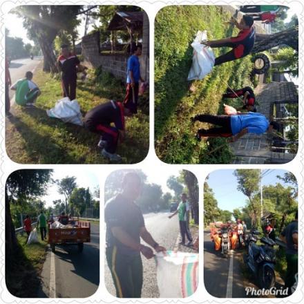 Pengurus Bank Sampah Pelita dan Pememrintah Desa Pengulon Giat Memungut Sampah Plastik